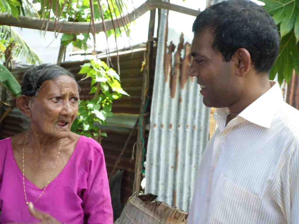 Nasheed appears to have support of all elderly