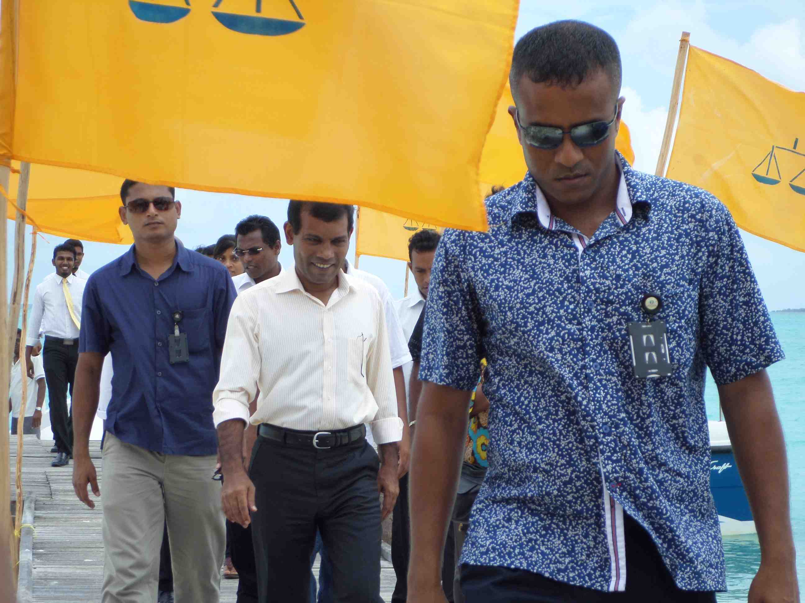 Nasheed on the campaign trail