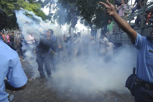 Maldives police mutiny Photo: Washington Post